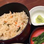 そじ坊 - 山菜かやくご飯