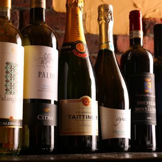 種類豊富なソムリエセレクションワイン