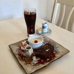 ルルキッチン - 料理写真:デザートセット、850円です。