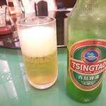 横浜大飯店 - チンタオビール