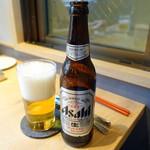 ヤナカ スギウラ - アサヒ小瓶700円+税
