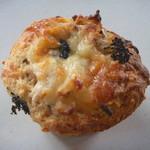 トレイクル マーケット&コーヒー - 料理写真:おからマフィン 館山産新タマネギ&ツナサラダ
