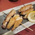 鶏鳴厨房 てんか鶏 - 手羽先塩焼き
