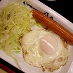 松屋 - ソーセージエッグ定食