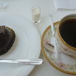 64501796 - ドームショコラ、ブレンドコーヒー