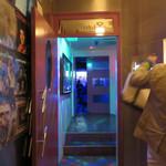 クラブラボジーリミックス - ダンスフロアは、主にアラフィフ・アラカンで盛り上がっておりました。