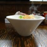 麺屋 龍 & ファミリー - 横から
