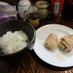 麺屋 龍 & ファミリー - セットのごはんと唐揚げ