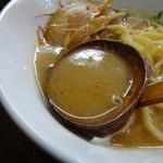 麺屋 龍 & ファミリー - スープアップ