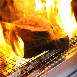 こだわりに調理によるお肉を堪能できる