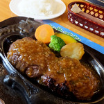 炭焼きレストランさわやか - 「げんこつハンバーグ」1058円 「ライス大盛」270円