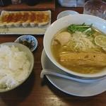 りょう花 - 塩味玉らー麺+白ごはん大+特製餃子