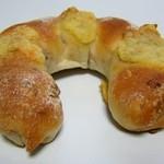 COBO pan - くるみチーズ