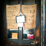 Bistro ひつじや - 店の入口