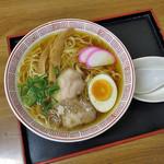 起矢食堂 - 料理写真:中華そば
