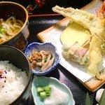 かぐや庵 - だし溶き衣の天ぷら定食