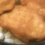 小川家 福井駅前店 - ヒレカツ丼ソースの染みがいまひとつ