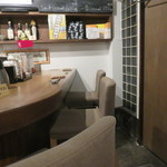 日本酒cafe & 蕎麦 誘酒庵 - カウンター席