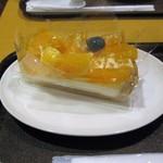 フルーツケーキ ファクトリー - 不知火♡