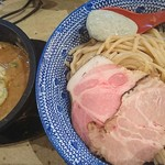 島田製麺食堂 - 石焼きつけ麺+ブルーチーズソース♪