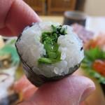 茂八寿司 - 菜の花巻き