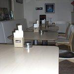 ロックキッチン1984 - テーブルは10席、合体可能