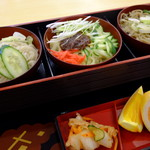 フードコート 門 - いわて三大麺\1,000