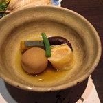 6456167 - 海老湯葉巻と野菜の炊き合わせ。