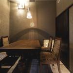 foujita - イギリスヴィンテージ家具の個室(要予約)