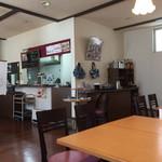 キッチンHabataki - お店の内観です