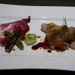 Cucina - スペイン ガリシア産 くり豚のハーブグリル
