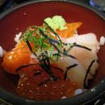 64568644 - ミニ海鮮丼