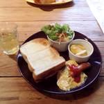 カフェ・クヌート - CAFE KNUT(KNUTの500yenモーニング)
