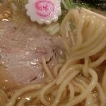 東京駅 斑鳩 - きれいにまとまった美味しい一杯。