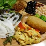 森の家庭料理レストラン - いろいろ、好きなだけ!