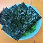 極楽汁麺 らすた - ラーメン620円麺硬め。海苔増し100円。
