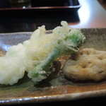 うどん ごくう - サービスの天ぷら