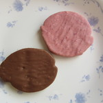 軽井沢チョコレートファクトリー - 料理写真:軽井沢ラスク ミルクチョコレート&ラズベリーチョコレート