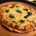 纏 - チーズ多めのマルゲリータ  独り占めしたい(*^_^*)