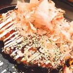 鉄板居酒屋 たいよう - 料理写真:お好み焼きの基本 豚玉