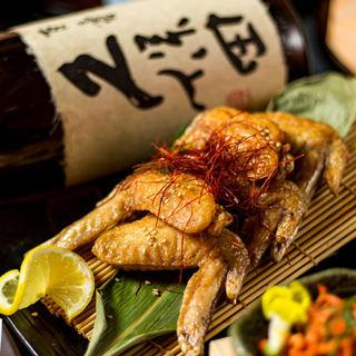 地鶏を引き立たせる日本酒・焼酎を豊富に取り揃えております!