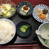 南山 - 料理写真:焼肉ランチ(¥1000)