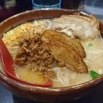 64600798 - ラーメン(北海道味噌)大盛り+炙りチャーシュー993円(2017年3月)