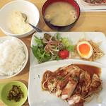 博多名物とお肉酒場 よか門 -