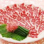 馬桜 - 馬桜一押しの馬刺!!しゃぶしゃぶのお肉を生で刺身として食べる逸品。特選しゃぶ刺しがこちらです。本当に贅沢です…
