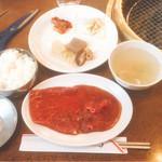韓の家 - 焼肉定食 ロース(800円)【平成29年03月28日撮影】