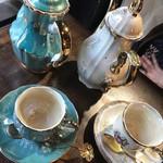 エセルの中庭 - ルイボス茶を頼みます