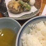 64620068 - しいたけの天ぷら、ごはん(中)