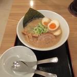 麺屋 大申 - 豚骨醤油・味玉