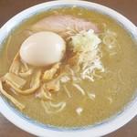 64625665 - 「鬼にぼし(中)(700円)+煮玉子(100円)」です